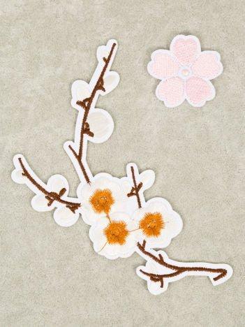 Naprasowanka - doskonała ozdoba odzieży 2 szt. (wymiary: 13 x 9 cm +  3,5 x 3,5 cm)