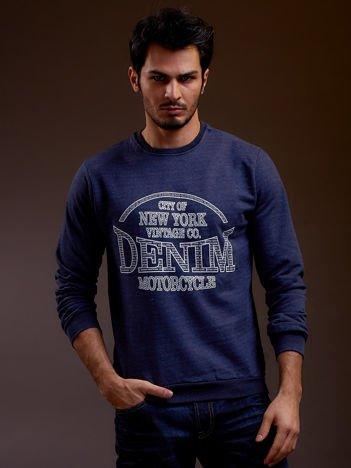 Niebieska bluza męska z napisem