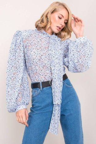 Niebieska bluzka w kwiaty BSL