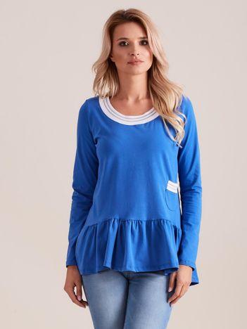 Niebieska bluzka z baskinką