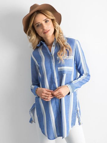 Niebieska koszula w paski