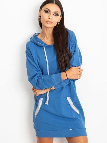 Niebieska sukienka Show