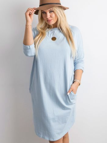 Niebieska sukienka oversize z bawełny
