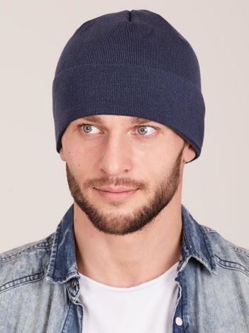 Niebieska wywijana czapka męska