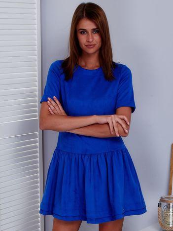 Niebieska zamszowa sukienka