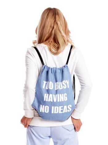 Niebieski denimowy plecak worek z napisem