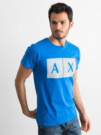 Niebieski męski t-shirt z nadrukiem