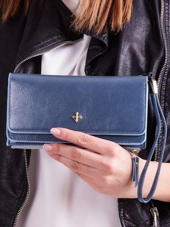 Niebieski portfel z uchwytem