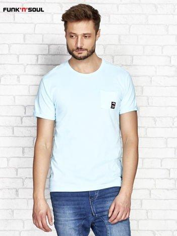 Niebieski t-shirt męski z kieszonką FUNK N SOUL