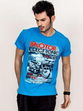 Niebieski t-shirt męski z motocyklem