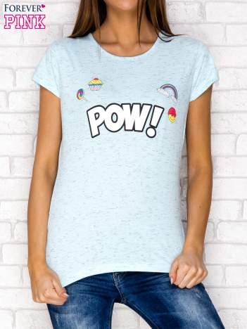 Niebieski t-shirt z napisem POW