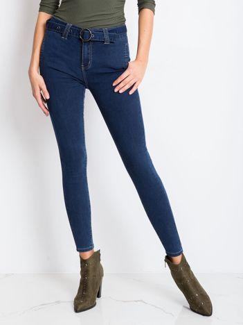 Niebieskie jeansy Miss