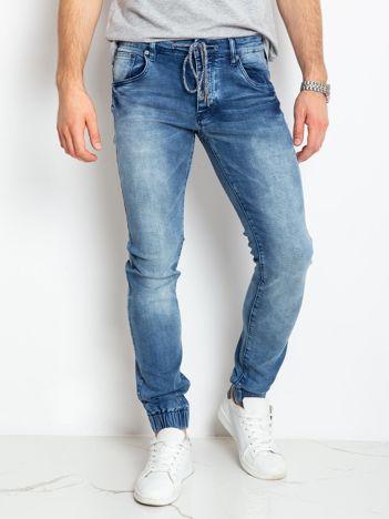 Niebieskie jeansy Pressure