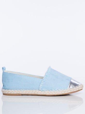 Niebieskie płócienne espadryle przecierane srebrem, ze srebrną wstawką  na przodzie buta