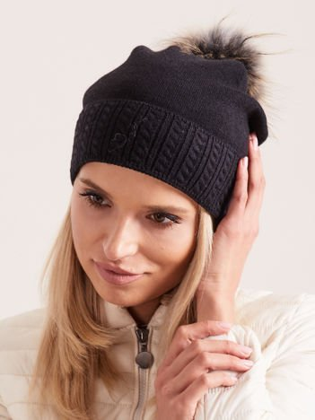 PREMIUM QUALITY Czarna czapka z czarno-beżowym pomponem z futra