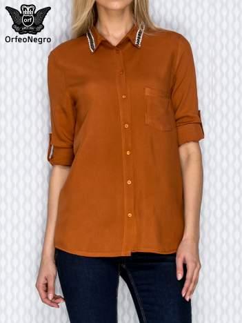 Pomarańczowa koszula z aplikacją na kołnierzyku