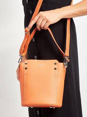 Pomarańczowa torba z odpinanym uchwytem