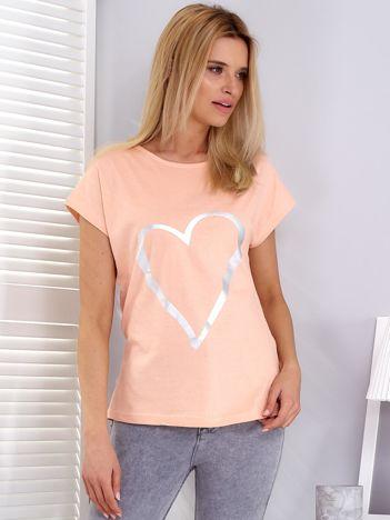 Pomarańczowy t-shirt z srebrnym sercem