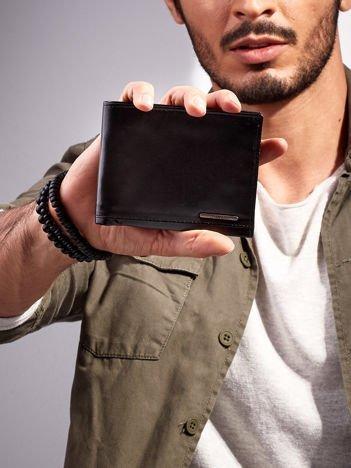 Poziomy portfel męski skórzany czarny