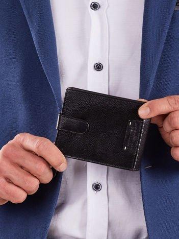 Poziomy portfel z zapięciem czarny