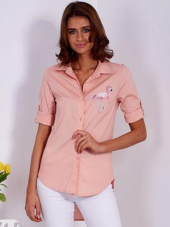 Różowa koszula z naszywką flaminga