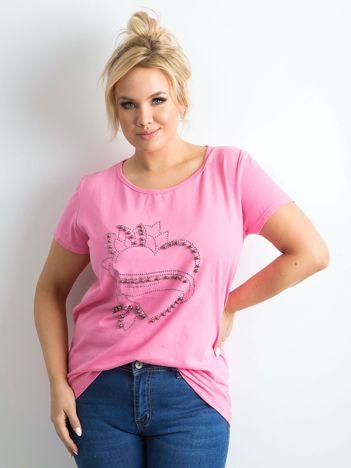 Różowa koszulka z aplikacją PLUS SIZE