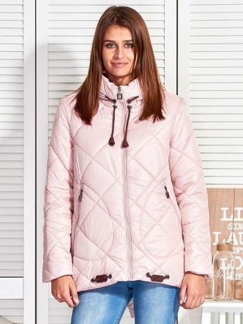 Różowa kurtka z pikowaniem