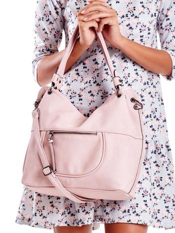 Różowa miękka torba miejska z odpinanym paskiem