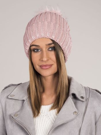 Różowa ocieplana czapka z pomponem