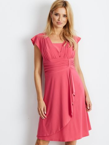 Różowa sukienka Decorative