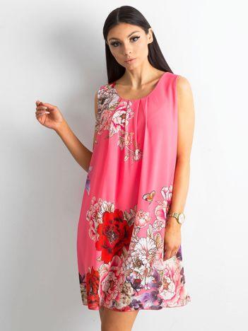 Różowa sukienka damska w kwiaty
