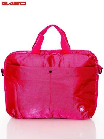 Różowa torba na laptopa