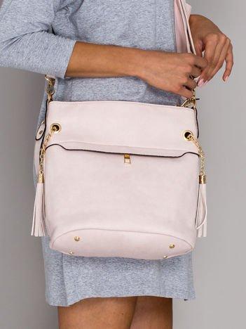 Różowa torba z chwostem