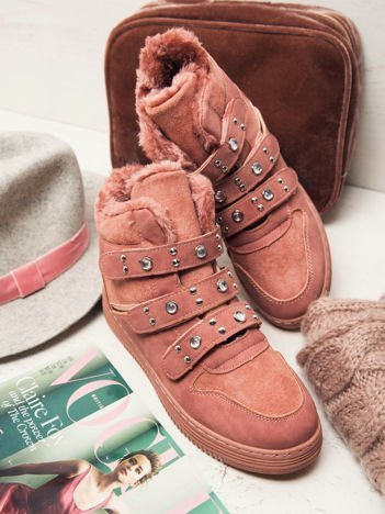 Różowe buty sportowe na rzepy z ociepleniem, lustrzanymi wstawkami i błyszczącymi guzikami