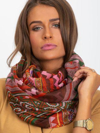 Różowo-brązowa chusta w geometryczne wzory