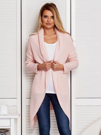 Różowy otwarty sweter damski