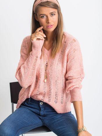 Różowy sweter Aston