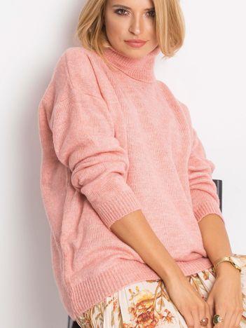 Różowy sweter Cody