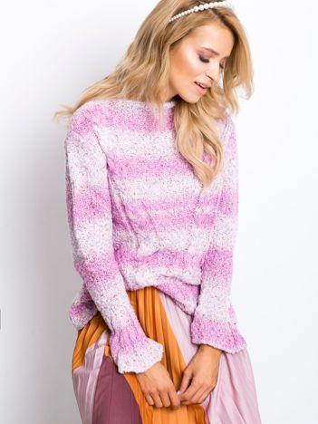 Różowy sweter Yale