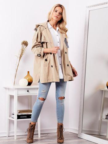 SCANDEZZA Beżowy materiałowy płaszcz z kokardami