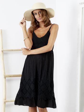 SCANDEZZA Czarna sukienka na cienkich ramiączkach