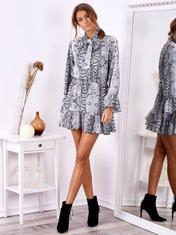 SCANDEZZA Szara wężowa sukienka z wiązanym chokerem