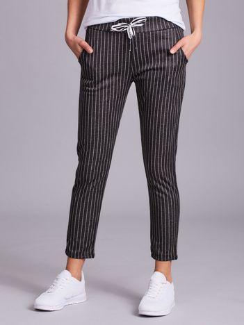 Spodnie damskie w paski ciemnoszare