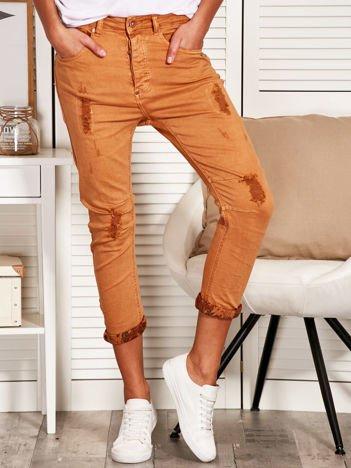Spodnie damskie z przetarciami jasnobrązowe