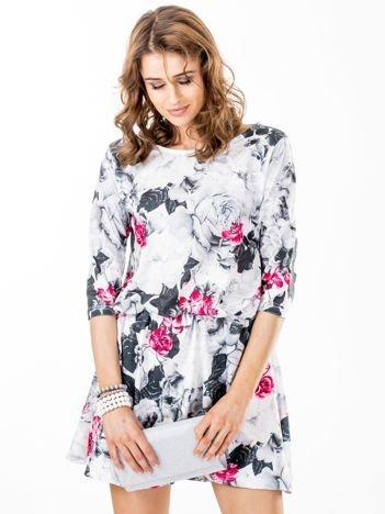Sukienka biała w bogaty kwiatowy wzór
