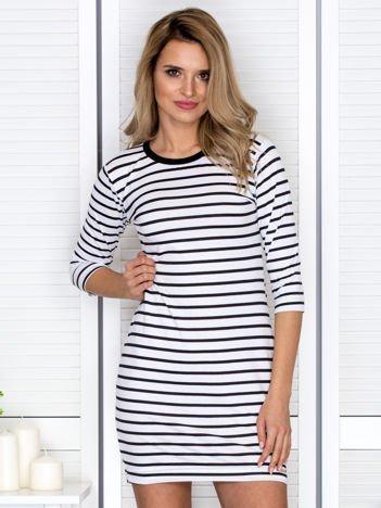 Sukienka biało-czarna w paski