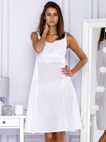 Sukienka damska letnia z koronkowym dekoltem biała