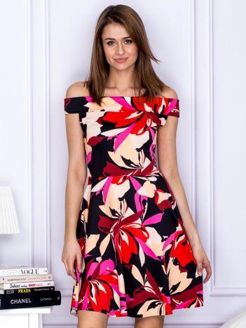 Sukienka damska w barwne wzory