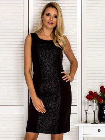 Sukienka koktajlowa tuba z ozdobnym modułem czarna