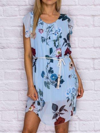 Sukienka letnia w kwiaty z wiązaniem niebieska